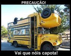 Um dono de ônibus muito precavido | Top Imagens Engraçadas para Facebook e Whatsapp