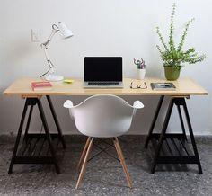 Decoração: Cadeira Eames no Escritório - Home Office  BLOG PEQUENAS INFINIDADES