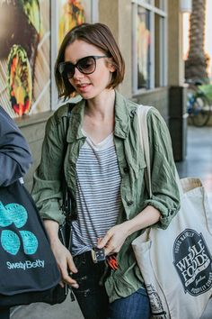 Lily Collins Photos - Lily Collins is seen shopping at Erewhon health food store on March 15, 2016. - Lily Collins Goes Out for Groceries
