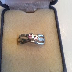 White gold,pink sapphire,diamond ring. 10kt. White gold, natural pink sapphire and diamond ring. Excellent condition. Jewelry Rings