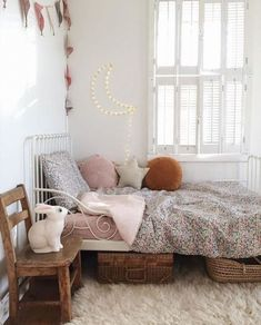 Vintage Interior Design Kids Interior Design Trends for 2019 - Lunamag. Room, Room Design, Bedroom Design, Kids Interior, Trending Decor, Kids Interior Design, Childrens Bedrooms, Bedroom Vintage, Kid Room Decor