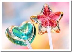The double layer heart lollipops.