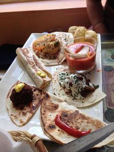 In Granada you never have to buy food - get a drink and you will get tapas  for free. You get free tapas in almost every bar in Granada, but here is  our top 8 list of places where you can get the biggest and cheapest plates  of delicious tapas!