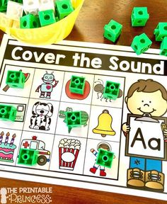 Beginning sounds is an important skill in Kindergarten and early primary classrooms. Stop by and pick up a FREE beginning sounds assessment tool. Plus you'll also find loads of ideas for letter sound practice. Easy and practical activities that require li Letter Sound Games, Letter Sound Activities, Learning Letters, Kindergarten Classroom Games, Beginning Sounds Kindergarten, Kindergarten Prep, Preschool Literacy, Classroom Activities, Preschool Ideas