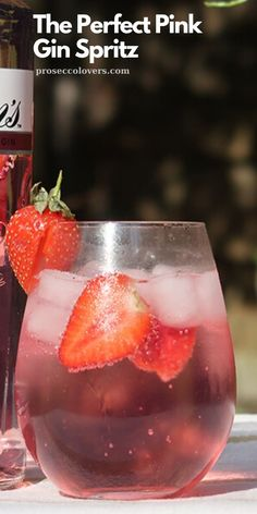 It's at this time of year that I'm trying to do my best to make summer last a little longer. Making a lovely fresh and summery cocktail when the sun is shining is just one way to achieve that. Prosecco Cocktails, Fun Cocktails, Cocktail Drinks, Cocktail Recipes, Alcoholic Drinks, Beverages, Best Summer Cocktails, Winter Cocktails, Perfect Pink