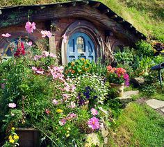 When I have a kid, instead of my kid having a little house or a tree house yo play in my kids gonna have a hobbit hole! :)