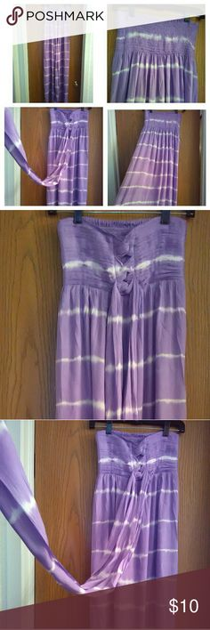BEAUTIFUL TIE DYED SUMMER DRESS! PURPLE & WHITE SUMMER DRESS... IT'S ABSOLUTELY   FABULOUS!!! Good Condition! Fits (M-L)...  From TOP to BOTTOM ( 48 INCHES LONG) BOUTIQUE Dresses