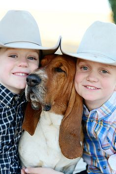 Little Men by Ree Drummond / The Pioneer Woman, via Flickr  There is nothing like a Basset n kids :)