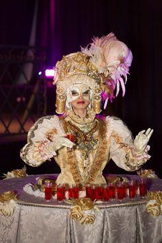 Festa de 15 anos  Tema baile de máscaras em Veneza 29a186a1b44
