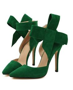 Green with envy Sexy High Heels, High Heels Stilettos, Shoes Heels, Bow Heels, Slingback Shoes, Suede Pumps, Buy Shoes, Emerald Green Heels, Green Pumps