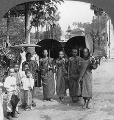 Burmese monks -