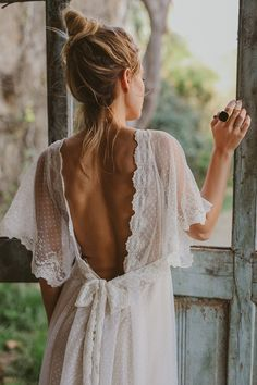 hippie wedding 423338433721560418 - immacle novia robe de mariee 4 Source by weddingsecret_ Boho Wedding Dress, Wedding Gowns, Lace Wedding, Rustic Wedding, Polka Dot Wedding Dress, Western Wedding Dresses, Party Wedding, Summer Wedding, Wedding Ceremony