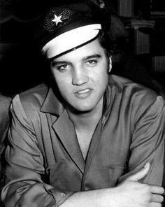 Elvis in Dallas in october 10  1956 wearing his green jacket.