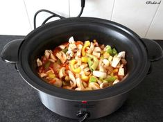 Tian of giant vegetables - Healthy Food Mom Crock Pot Slow Cooker, Slow Cooker Recipes, Crockpot Recipes, Chicken Recipes, Cooking Recipes, Lunches And Dinners, Meals, Vegetarian Recipes, Healthy Recipes