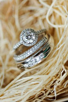 Oh my gossssh. I've never been passionate about rings, but this engagement ring is gorgeous.