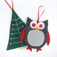 How to make these cute felt gift card holders.