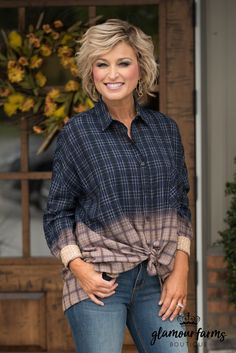 Hipster Chic Plaid Ombre Button-Up Shirt - Navy