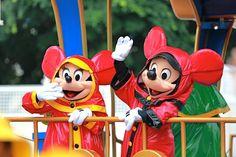 雨の日のミッキー&ミニー❤ かわいい❤❤
