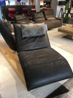 Floor Chair, Flooring, Interior Design, Furniture, Home Decor, Design Interiors, Homemade Home Decor, Home Interior Design, Interior Architecture