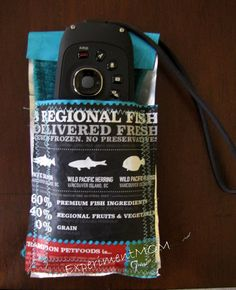 Experiment MOM: Upcycled Challenge: Pet Food Bag to Camera Wallet #freefromtrash