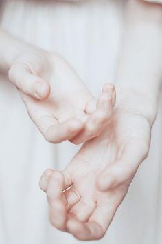 """H is for Hands                                                                                         silent PALE wonderland  """""""