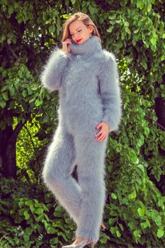 Grey hand knitted mohair sweater bodysuit fuzzy gray catsuit by SUPERTANYA SALE in Kleidung & Accessoires, Damenmode, Pullover & Strick Fluffy Sweater, Angora Sweater, Catsuit, Gros Pull Mohair, Icelandic Sweaters, Mohair Yarn, Shawls And Wraps, Hand Knitting, Knitwear