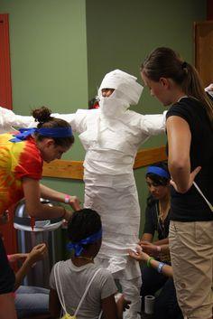 Amazing Race egypt - a mummy