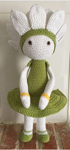 Water Lily Winnie doll made by Estrella R - crochet pattern by Zabbez