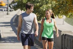 Even taking a walk around the block can trigger the release of endorphins – your brain's feel-good neurotransmitters that help your body fight stress 👟 ( via ) Nutrition Herbalife, Sport Nutrition, Nutrition Plans, Herbalife Recipes, Wellness Club, Personal Wellness, Feeling Stressed, How Are You Feeling, Daily Fiber Intake