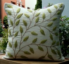 Hand Embroidered Pillow with Alpaca yarn in peruvian loom fabric. Exclusive design by DubrasenHome Hand Embroidered Pillow with Alpaca yarn in peruvian loom fabric. Exclusive design by DubrasenHome Cushion Embroidery, Crewel Embroidery, Hand Embroidery Designs, Ribbon Embroidery, Machine Embroidery, Decorative Pillows, Diy Pillows, Throw Pillows, Cushions