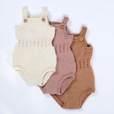 Kvalitet fra naturen siden 1879. Vi ønsker å inspirere deg – både med flott design og fantastiske garnkvaliteter. Dale Garn er din garanti for kvalitet og faglig kompetanse. Crochet Baby, Crochet Bikini, Knit Crochet, Knitting For Kids, Baby Knitting Patterns, Baby Wearing, Bikinis, Swimwear, Needlework