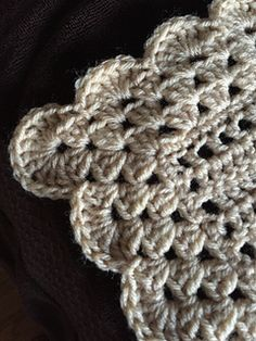 Ravelry: chitweed's The Midwife Baby Blanket Crochet Borders, Filet Crochet, Easy Crochet, Crochet Baby, Knit Crochet, Crochet Patterns, Baby Afghan Patterns, Baby Afghans, Baby Blankets