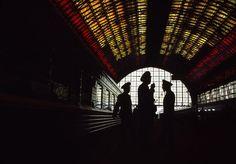 Gueorgui Pinkhassov: Kiev train station. Russia, 1995.