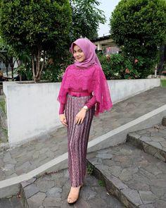 Kebaya Lace, Kebaya Hijab, Kebaya Dress, Kebaya Muslim, Batik Kebaya, Muslim Dress, Batik Dress, Kebaya Modern Hijab, Batik Fashion