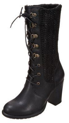 lace up booties with knitted details....cute <3