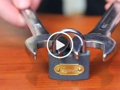 How to Break a Padlock with Wrenches – Man Hacks