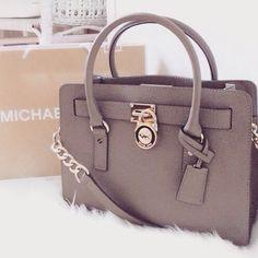 I love Michael Kors tote.They're super stylish $68 OMG!!http://ingeniousbag.coalnet.ru/