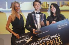 Team Italy wins L'Oréal Brandstorm 2015: An overview of the Brandstorm 2015 challenge and the winners' concept.