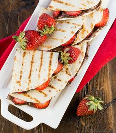 A quick and easy dessert is minutes away with these crowd-pleasing Grilled Strawberry Nutella Quesadillas. Quick Dessert Recipes, Desserts To Make, Mexican Food Recipes, Summer Desserts, Quick Recipes, Quesadillas, Nutella, Grilled Desserts, Strawberry Recipes