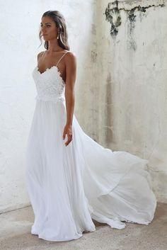 Adorable 100+ Beautiful Beach Wedding Dresses to Inspire You https://bridalore.com/2017/07/03/100-beautiful-beach-wedding-dresses-to-inspire-you/