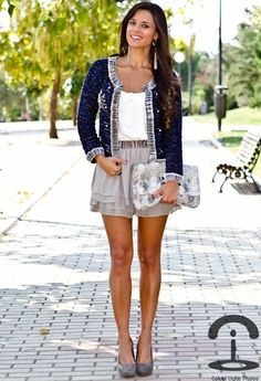 Customizando una chaqueta con imperdibles  , Blanco in Jackets, Mango in T Shirts, H in Skirts, Zara in Heels / Wedges, Guess in Bags