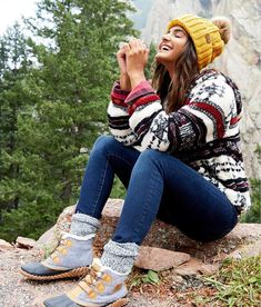 Sorel Out N About™ Waterproof Leather Boot - Women's Shoes in Quarry Sorel Duck Boots, Sorel Boots Womens, Winter Fashion Outfits, Autumn Winter Fashion, Fashion Ideas, Sock Boots Outfit, Daily Style, My Style, Superfly