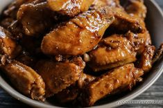 Hong Kong-i Édes Csirkeszárnyak Chicken Wings, Hong Kong, Bacon, Pork, Recipes, Kale Stir Fry, Pork Chops, Pork Belly, Buffalo Wings