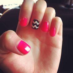 Chevron gel manicure  #sephoranailspotting
