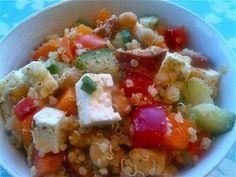 Salade de quinoa aux légumes, chorizo et feta