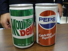 Mt Dew and Pepsi vintage soda cans Coca Cola Can, Pepsi Cola, Coke, Reuse Old Tires, Reuse Recycle, Recycling, Aluminum Cans, Soda Bottles, Drink Bottles