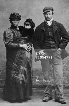 News Photo: working class family circa 1880