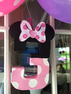 Minnie Mouse Bowtique Birthday-Minnie 3 sign  http://hoybycrafts.blogspot.com