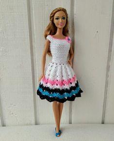 Crochet Patterns Dress Barbie clothes Barbie Crochet Dress for Barbie Doll Crochet Barbie Patterns, Crochet Doll Dress, Crochet Barbie Clothes, Doll Clothes Barbie, Crochet Girls, Doll Clothes Patterns, Cute Crochet, Clothing Patterns, Barbie Doll