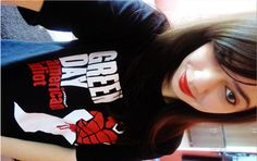 Don't wanna be an American idiot.